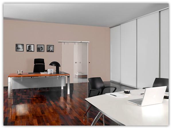 小办公室空间中体现大设计,家用型自动门与MAME透明玻璃门的巧妙组合