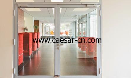 GEZE 盖泽带集成式顺位功能的闭门器 TS 5000 ISM 闭门器