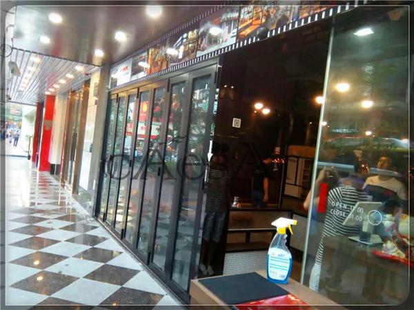 【案例精选】广州某韩国料理店折叠门完美完工