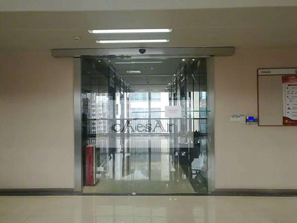 广汽中心办公室纯玻璃单开自动门顺利完工