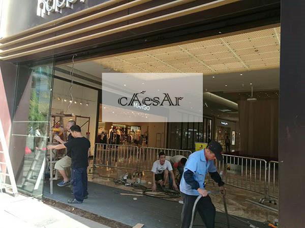 自动玻璃门广州太阳新天地购物中心安装案例